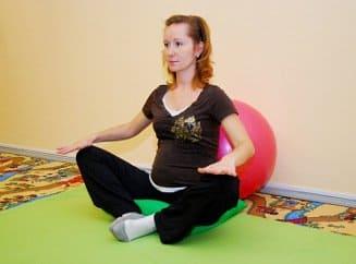Растяжки при беременности - Причины, симптомы и лечение